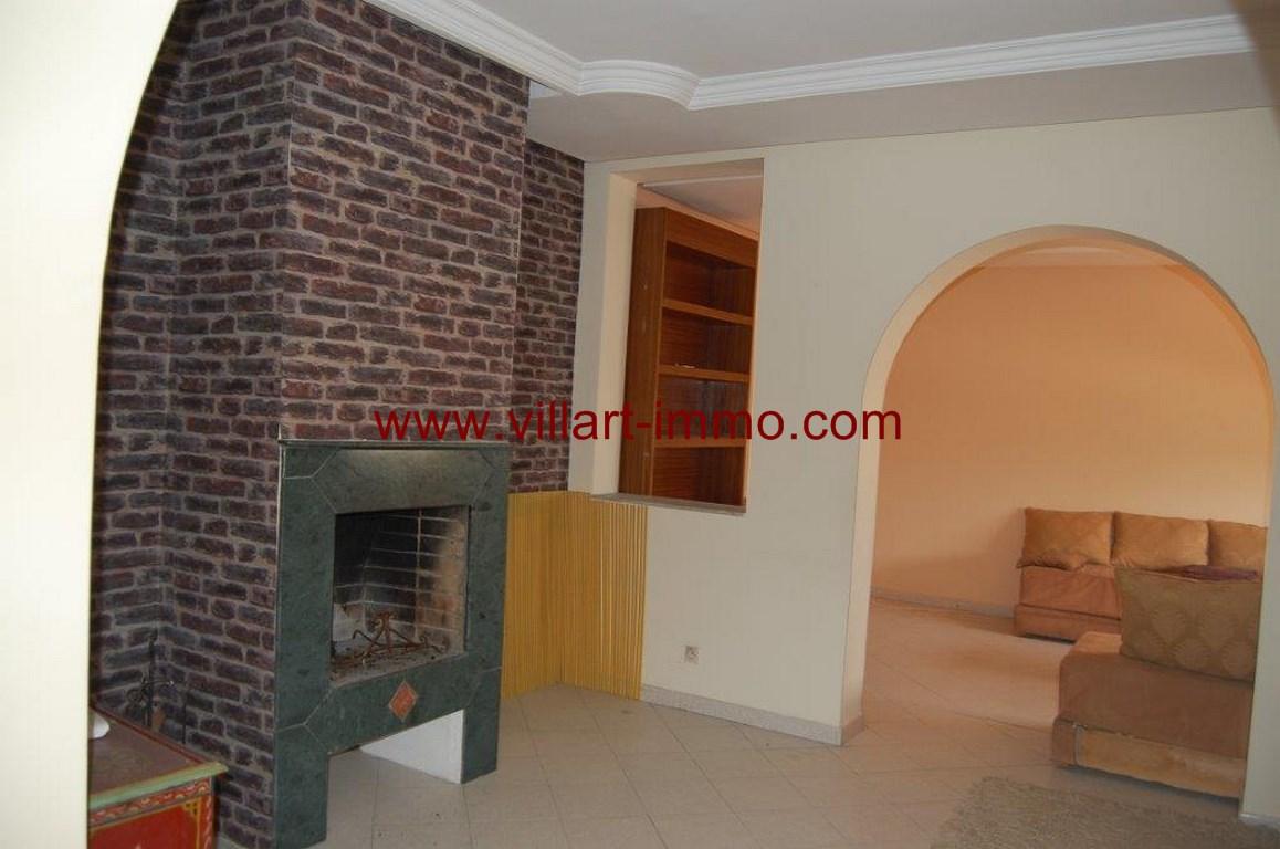2-location-appartement-non meublé-Tanger-centre ville-Salon 2-L1053