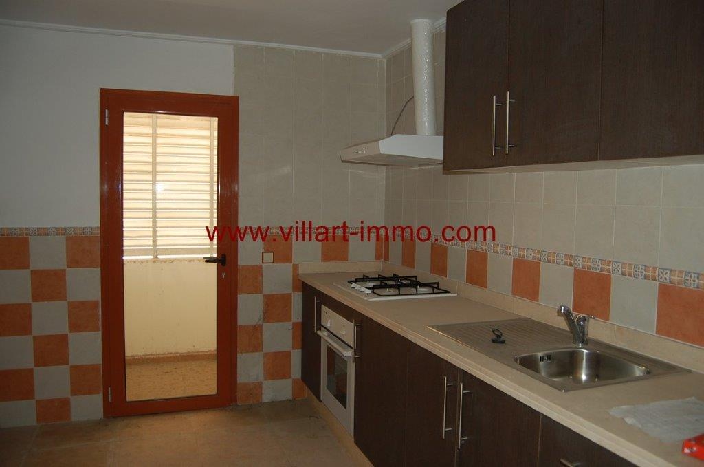 5-Location-Appartement-Non meublé-Centre ville-Cuisine-agence immobiliere-L1050