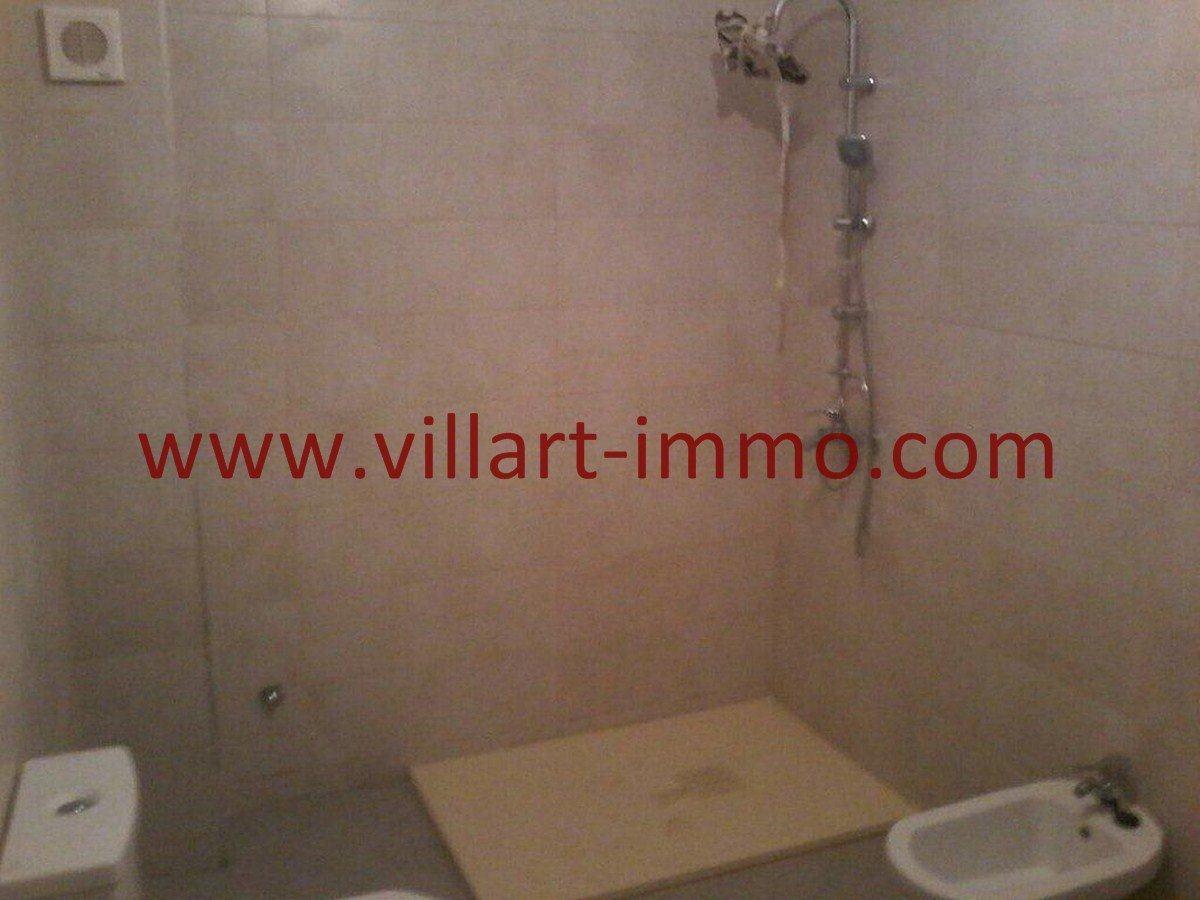 6-Vente-Maison-Tanger-Mesnana -Hall-Salle de bain 1-Villart Immo