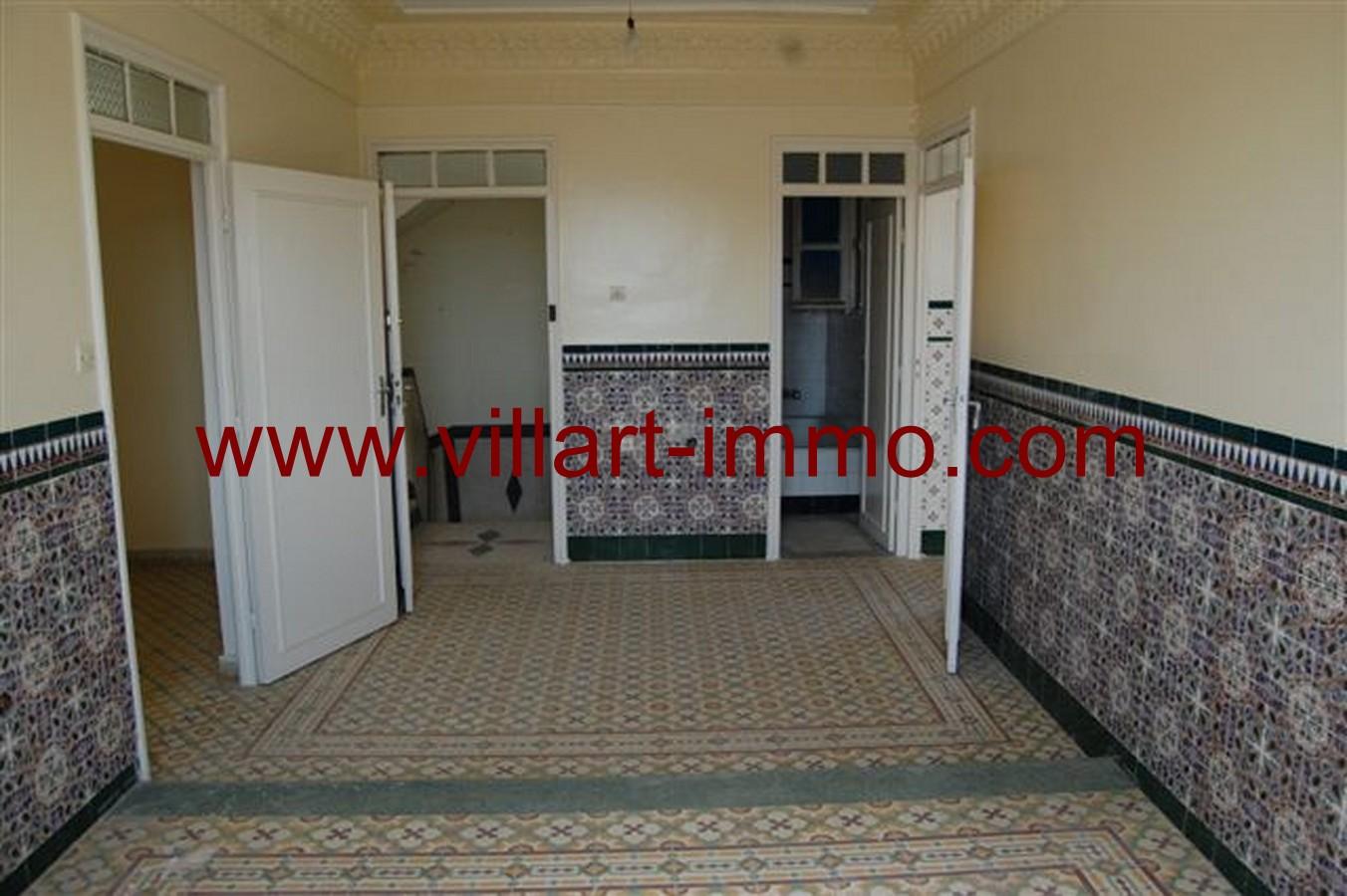 4-Vente-Appartement-Tanger-salon 2-VA532-Jirari-Villart Immo