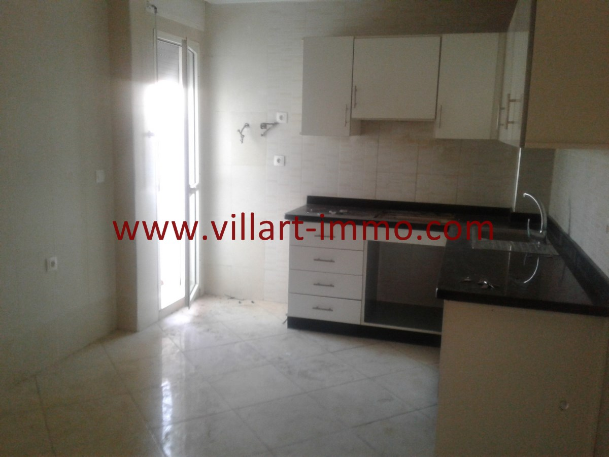 12-Vente-Appartement-Val fleuri-Tanger-Cuisine 2-VA536-Villart Immo