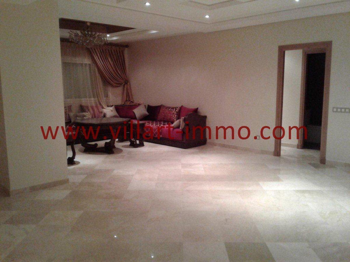 2-Vente-Appartement-Centre-ville-Tanger-Salon 2-VA537-Villart Immo