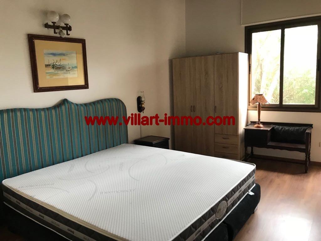 6-Location- Appartement-Meublé-Bouban-Chambre à coucher 1-Agence immobiliere-L1099