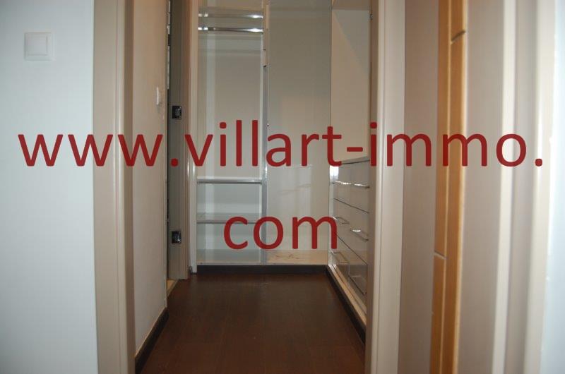 10-A louer-Appart-non meublé-Tanger- Salle de bain-Dressing L1086-Villart immo- Maroc