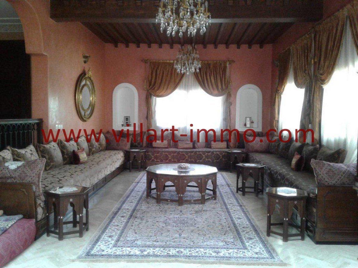 2-Vente-Villa-Tanger-Salon 1-VV561-Villart Immo
