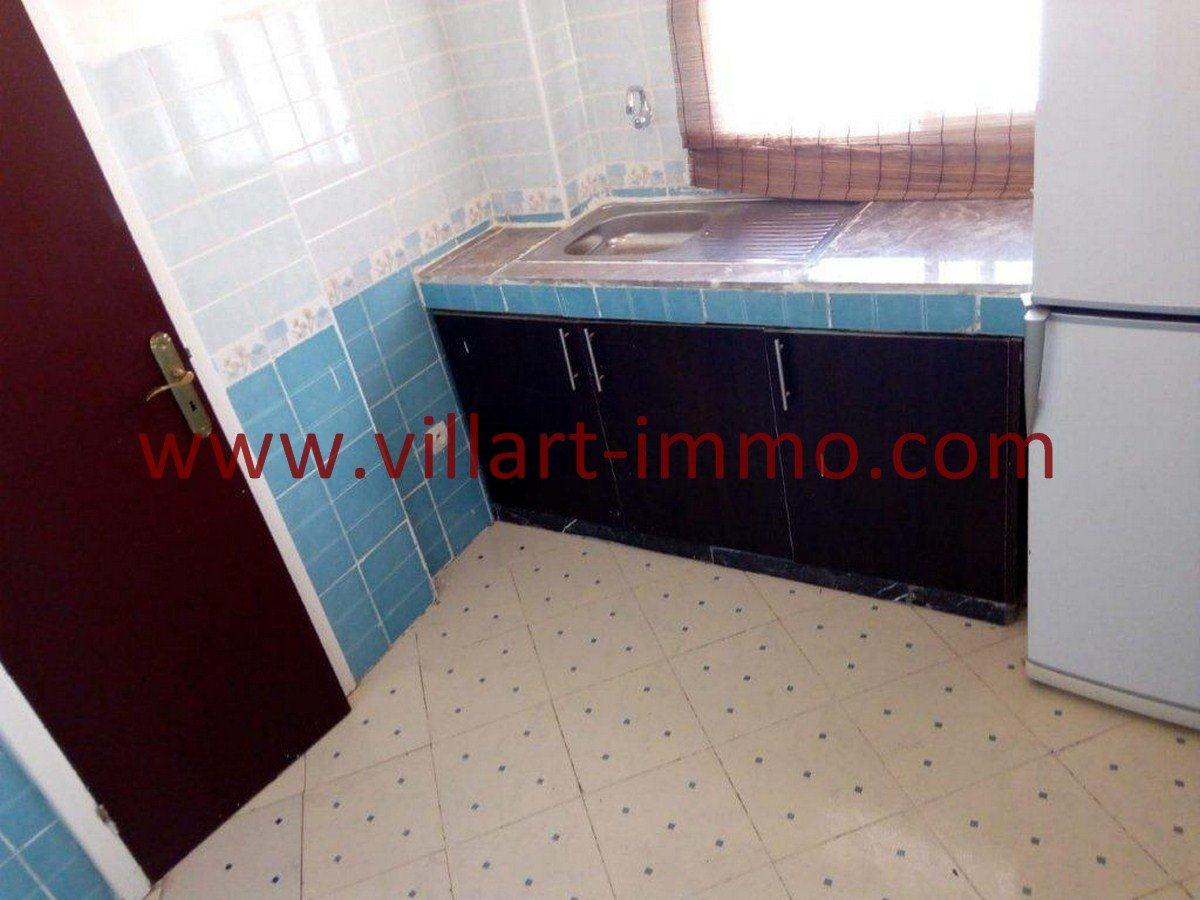3-Vente-Appartement-Tanger-Cuisine-VA562-Villart Immo