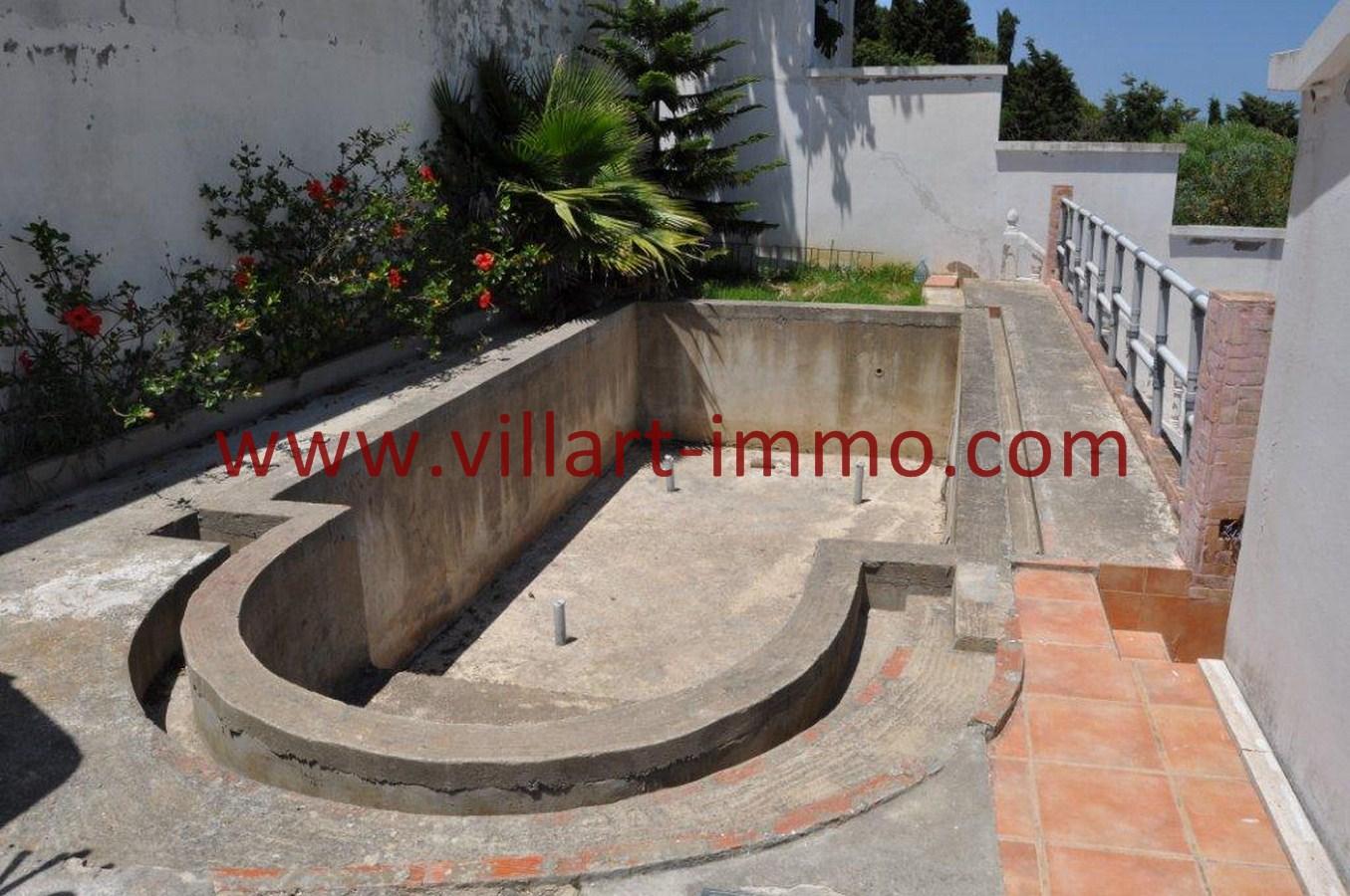 16-Vente-Villa-Tanger-Piscine-VV551-Villart Immo