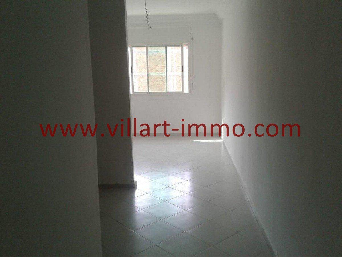 2-Vente-Appartement-Tanger-Salon 2-VA565-Villart Immo