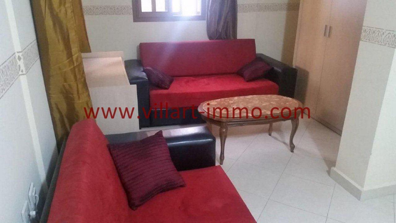 2-Vente-Appartement-Tanger-Salon 2-VA582-Villart Immo